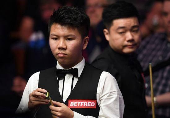 中国147先生单杆得分109分,周跃龙2。 斯诺克中国锦标赛周跃龙墨菲