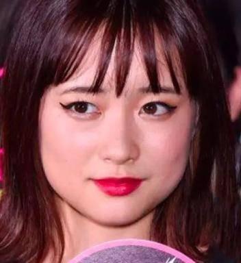 为什么日本女星妆感总是看起来很自然,美得不刻意?