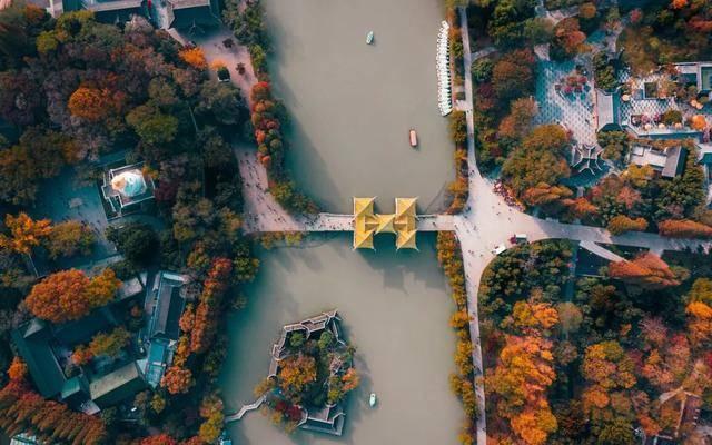 """10个一入秋就""""美哭""""世界的城市!"""