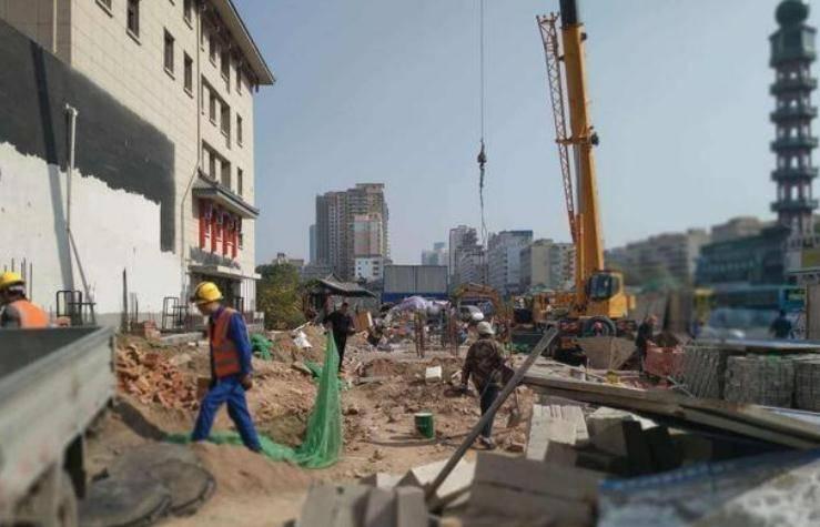 这座省会城市拿出年GDP的近110来修建地铁,但GDP不到广州的18