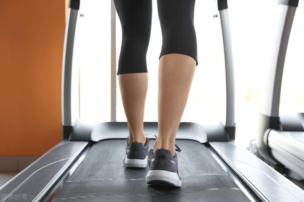 减肥速度不能太快!2个方法科学降低体脂率,保持住好身材!
