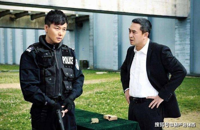 <strong>张嘉译的同学,因冒犯宋佳10年无戏拍,</strong>