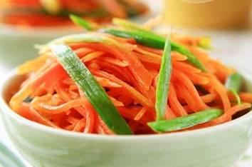 胡萝卜如此做香死了,私藏的做法,香味逼人,1顿只做1盘不够吃