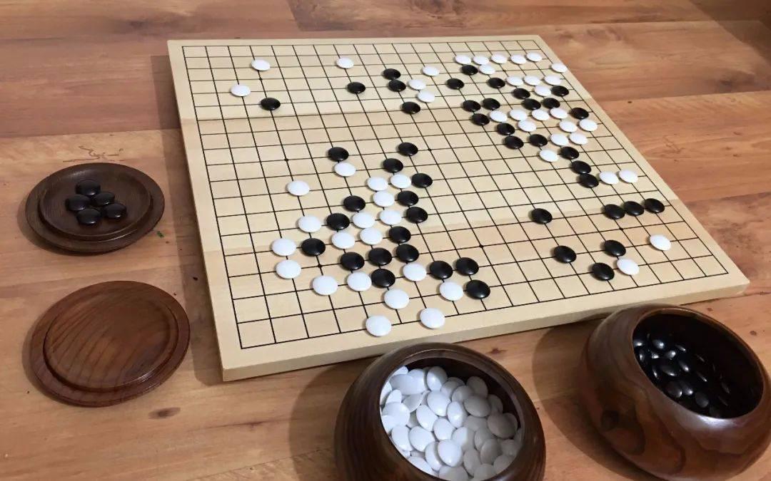 AlphaGo、康德与人工智能