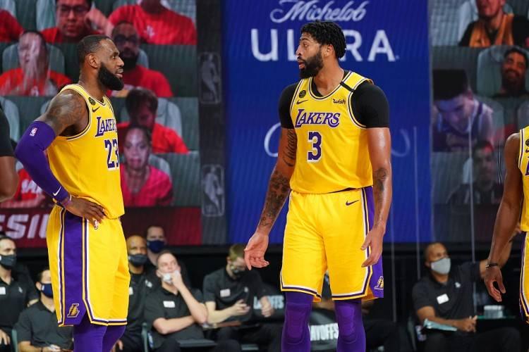 期待已久的NBA总决赛终于正式打响  湖人总冠军稳了?