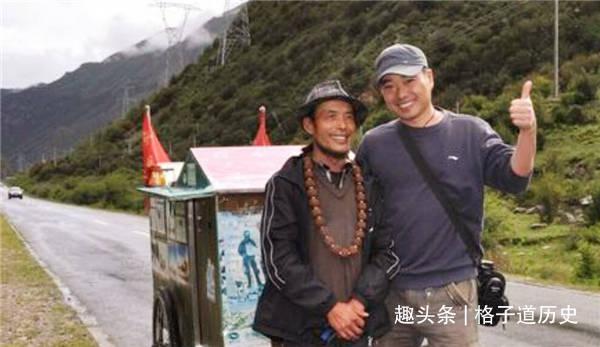 """自称""""世界第一疯子"""" 35年徒步走了30万公里 最"""