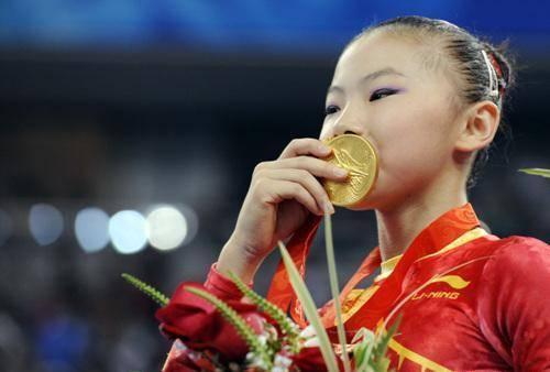 体操奥运冠军何可欣近况:研究生