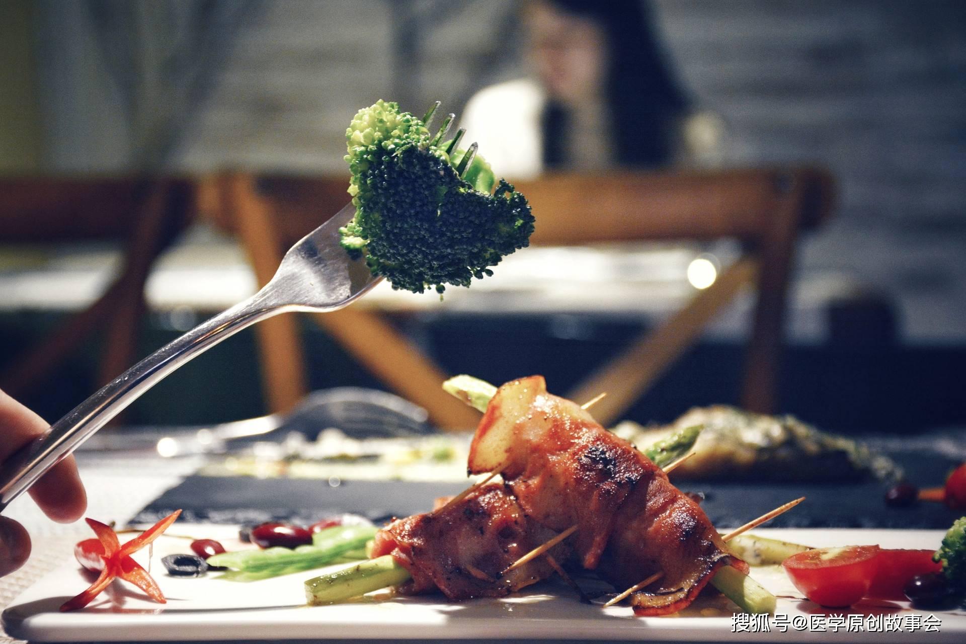 癌症是吃出来的,想长寿,五种肉坚持不碰,癌细胞会更远一点