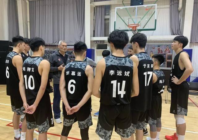 全国U17少年联赛决赛 山东淘汰赛拿下长沙一中 全胜