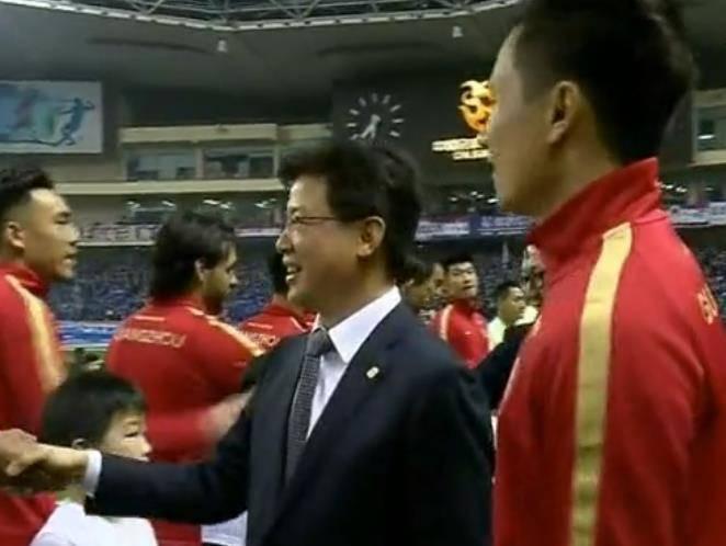 中国足球教练最大期望:34岁郜林赛季结束后出