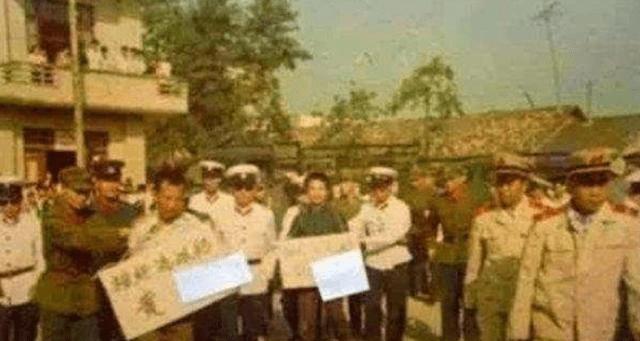 """内蒙古37年前""""血案"""",8个少年一夜杀掉27人,最大75岁最小2岁 ..._图1-5"""