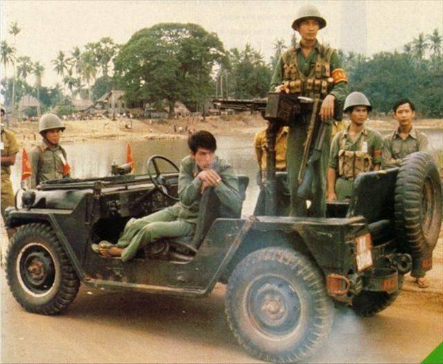 1978年,越南为什么要出动大军入侵柬埔寨,最后是怎么解决的