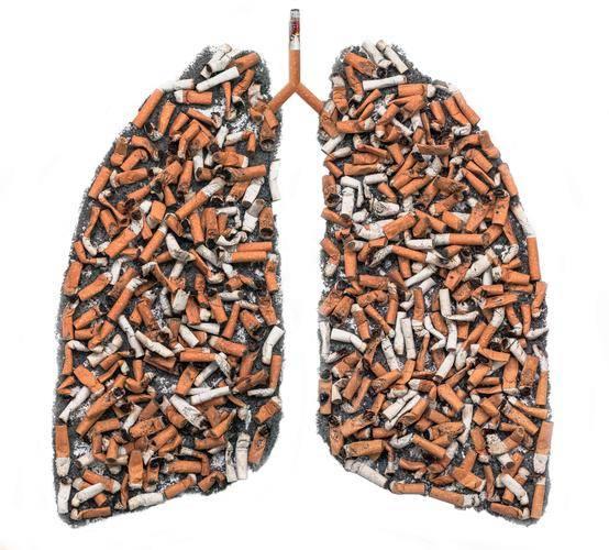 肺不好,长寿难?爱抽烟的朋友们,符合这4个标志,及时做个检查