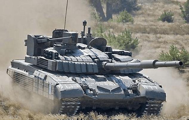 俄军T-72坦克潜行渡河训练,坦克开出了潜艇的感觉