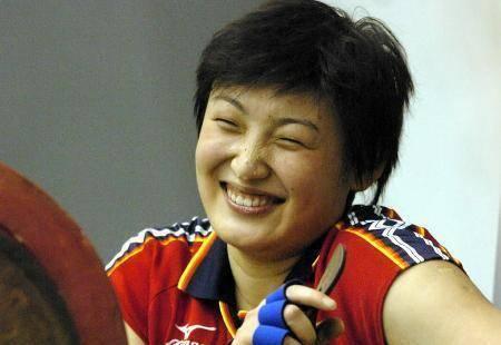 中国女排笑天使不会笑!传递一个信息 带着女排精神去疗伤 有很多烦恼