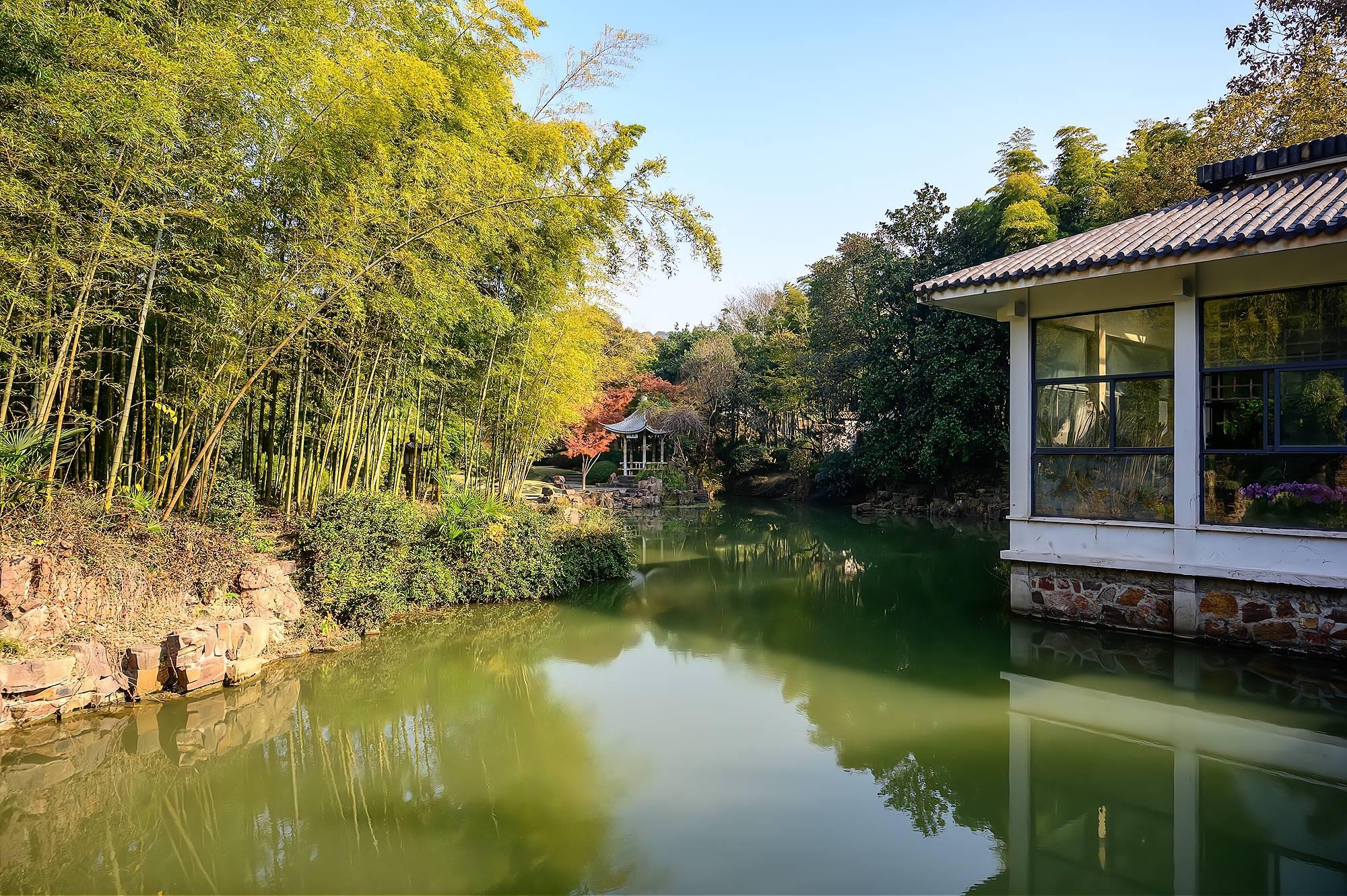 原创             藏在太湖鼋头渚中的秘境,以兰花为主题的江南园林,门票只要5元