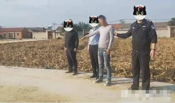 男子靠手捧三晚偷走1200斤玉米 网友:神仙毅力