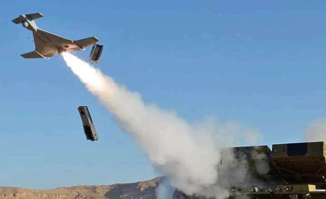 原创   无人机时代来临,一发炮弹摧毁7辆装甲车,巡戈弹的优势得到凸显    第1张