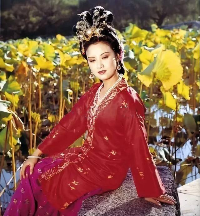 《红楼梦》里,凤姐不让贾琏有庶子,后果很严重?