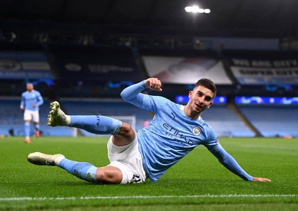 欧冠-德布劳内两献助攻托雷斯热苏斯破门曼城3-0
