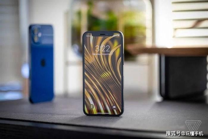 外媒评价苹果iPhone 12 mini:最佳小屏手机,续航太差