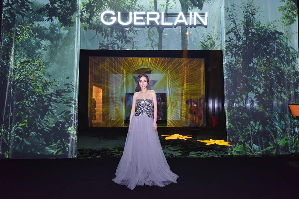 法国娇兰品牌挚友应青蓝坚信娇兰的奢华气质亦体现在为使用者创造出有超越美妆本身的艺术享受