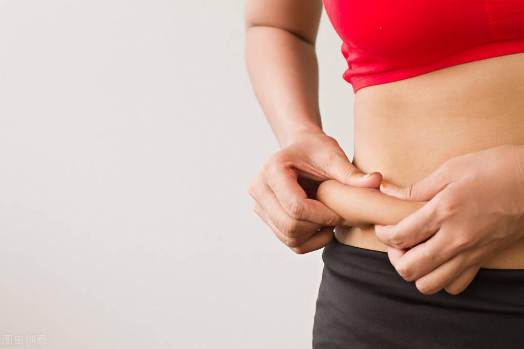肚腩突出,内脏脂肪超标怎么办?3个方法帮你恢复平坦小腹
