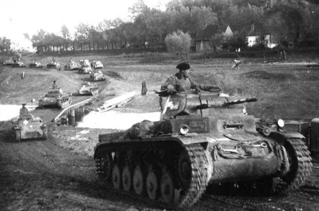 原创   同盟国两大军事强国苏联和美国,谁对二战的贡献更大    第5张
