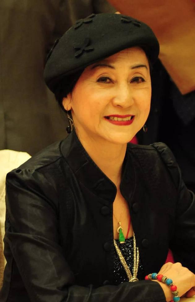著名舞蹈家陈爱莲患胃癌逝世 享年81岁 代表作《春江花月夜》