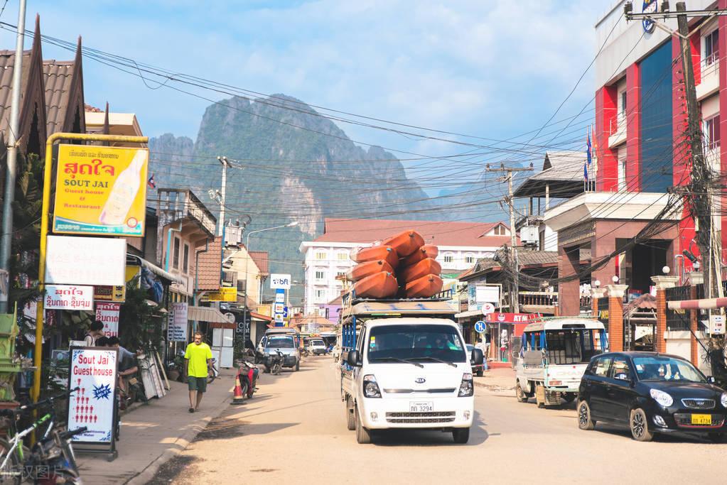 老挝经济总量多少_老挝美女多少一次