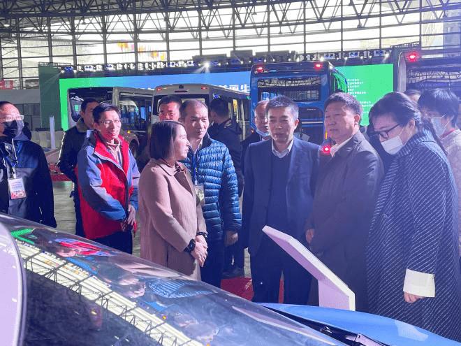 小雷达亮相国家新能源汽车下乡活动昆明站,获得广泛关注