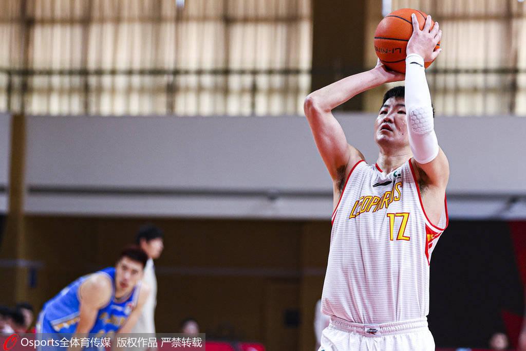 深圳前锋顾全CBA职业生涯总得分现已得到5387分