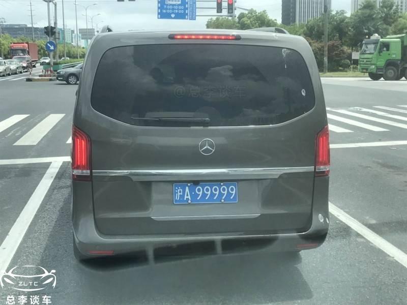原上海品牌99999,车牌估值500多万,这些漂亮的名字都上什么车?