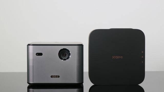 原厂3k价格投影仪是性价比之王,大眼睛橙色X7 Pro与极表Z6X对比