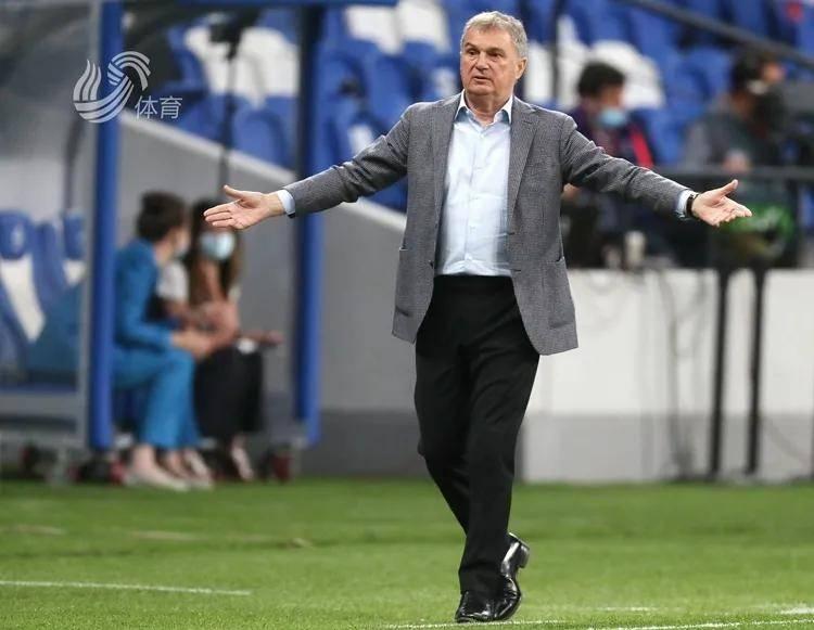 塞尔维亚足协官方宣告图巴科维奇不再担任国家队主帅