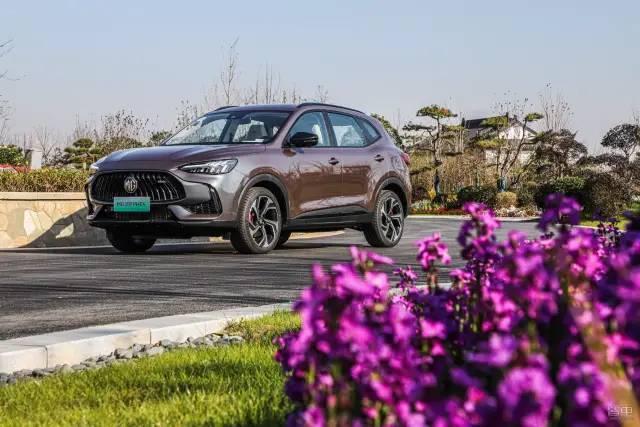 油耗低不限!7s破100%/预售17万,你会选择这款外挂SUV吗?