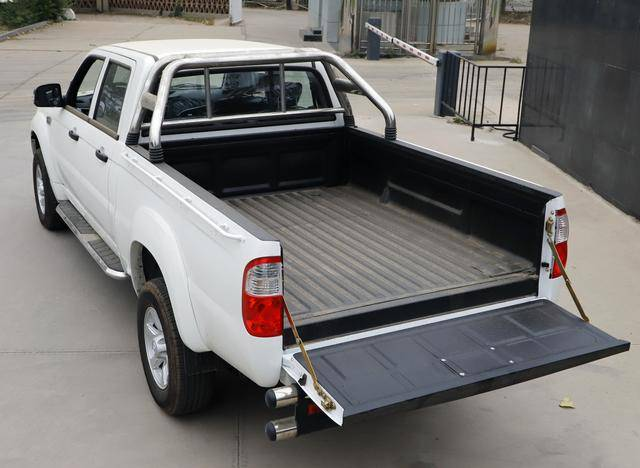 朵拉在农村跑得快该买什么?这两款车适合去农村的车,耐用又便宜!