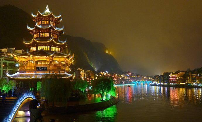 镇江市区人口_江苏人口最少的城市,全市仅三百多万人,却是全国50强城市
