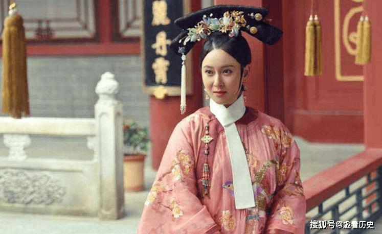 她以30岁的大龄入宫,二婚嫁给乾隆,依然成为了皇上的宠妃