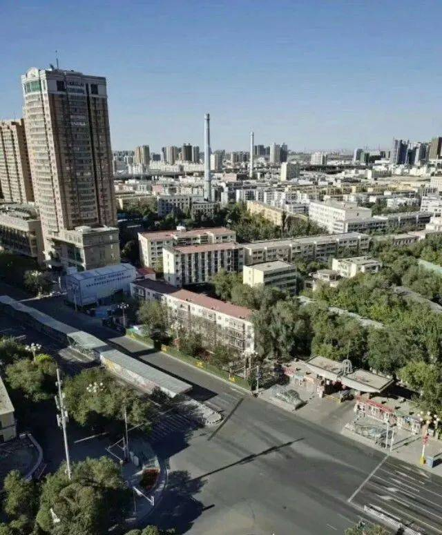 乌鲁木齐市市有多少人口_乌鲁木齐市市内地图