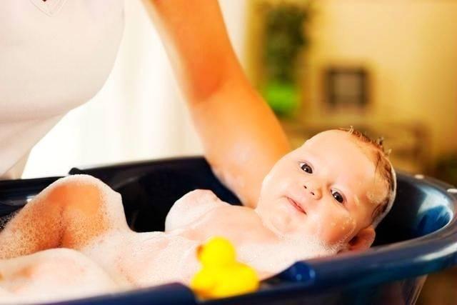 冬天该怎么给孩子洗澡?家长别纠结,记住这几点就够了5on