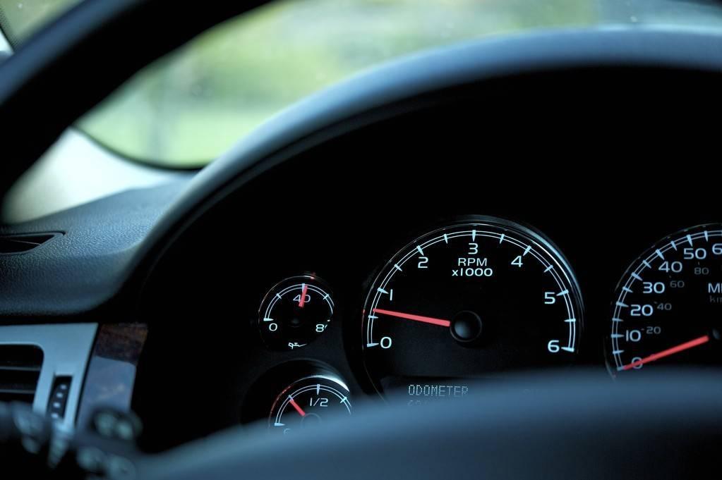 原装新款国产豪华SUV,配置比昂科威强,油耗只有1.8L