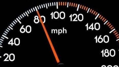 车速保持多少最省油?是60还是80? 车主:白开了这么多年车