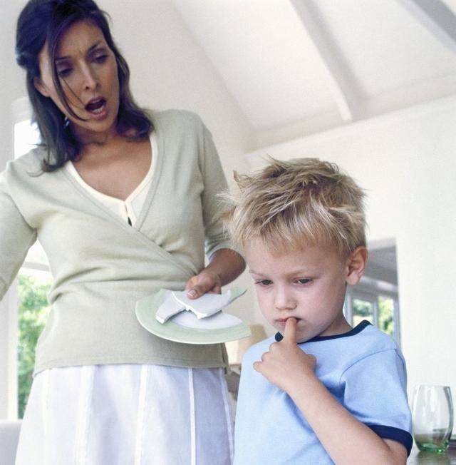 骄横、蛮不讲理、目中无人的孩子,都是父母过度宠溺种下的恶果  第1张