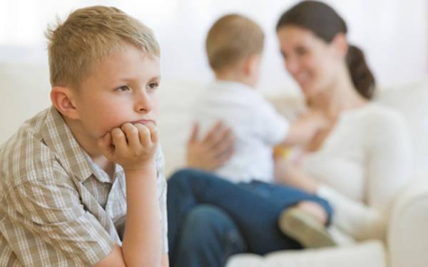 任性的孩子,常常是无助的孩子,更需要关爱