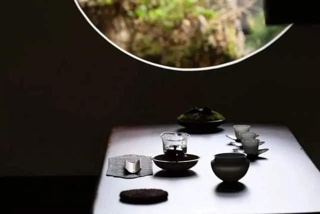 这个冬天,来一壶新、老白茶、普洱茶安神、润燥吧