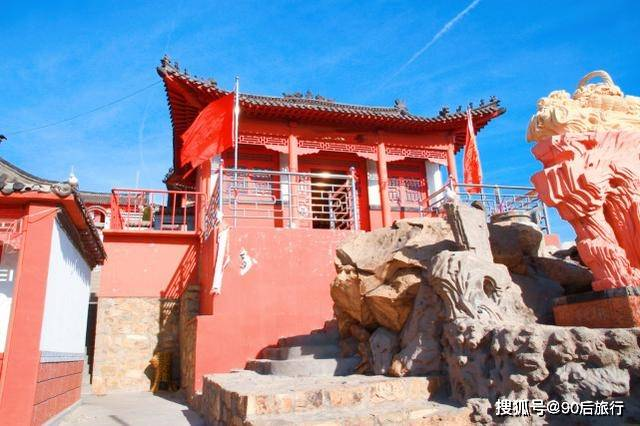 发现山西:五台山发现一座狐仙庙,庙内供奉着狐仙,就是塑像吓人  第2张