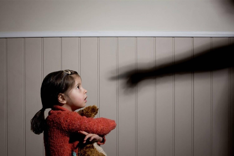 """孩子总是""""撕嘴皮"""",是干燥还是强迫症,两者不同对策要了解  第2张"""