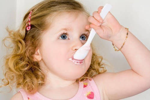 牛奶喝得好,酸奶怎么挑?关于宝宝喝酸奶的误区,家长要做足功课  第10张