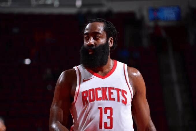 原创             詹姆斯要打造NBA防守第一强队!先拿哈登开刀,抢下49个篮板